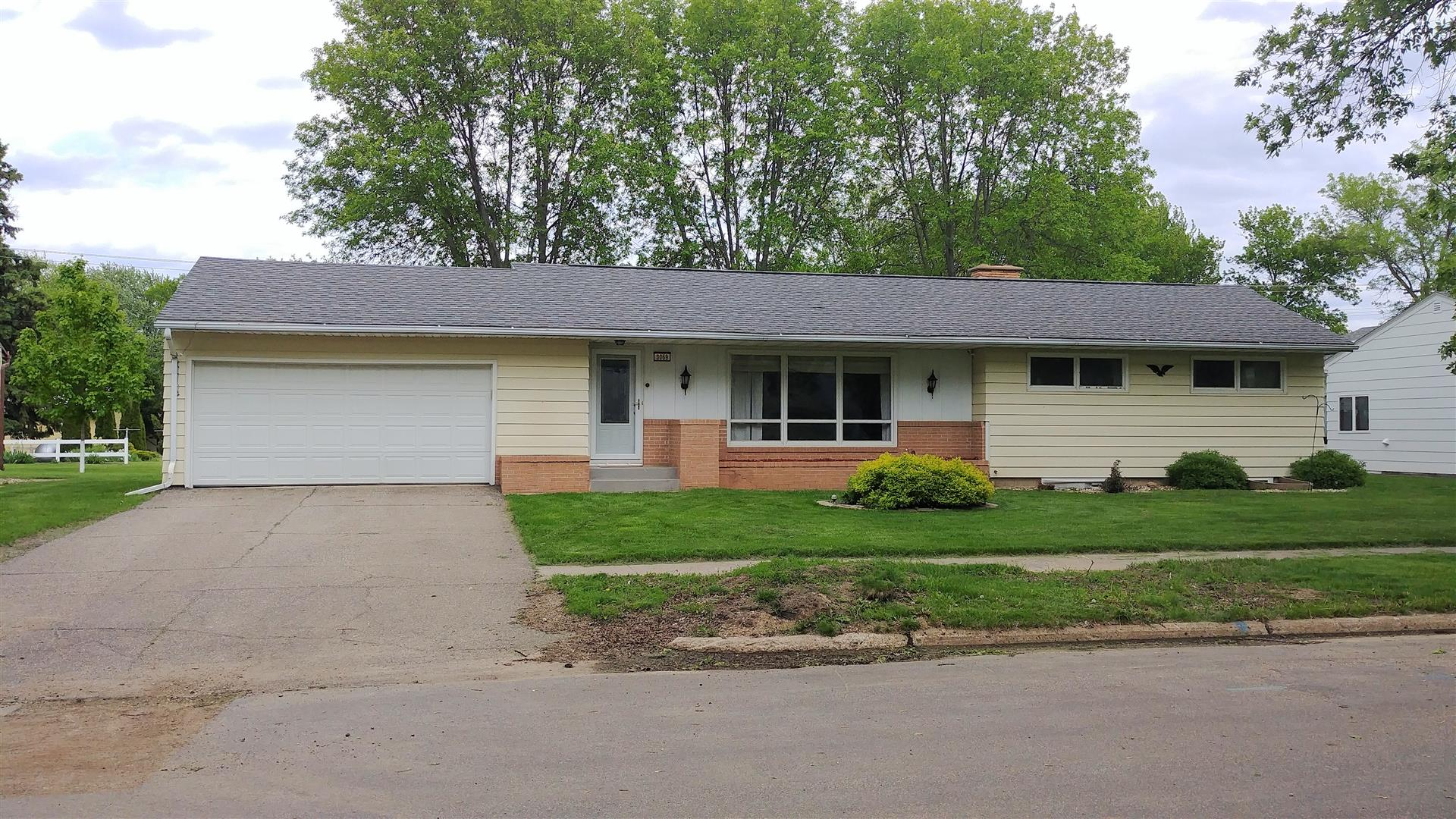slayton singles Discover 13202 slayton st, omaha, ne 68138 - single family residence with 900 sq ft, 3 beds, 1 bath get the latest property info at realtytrac - 42297300.